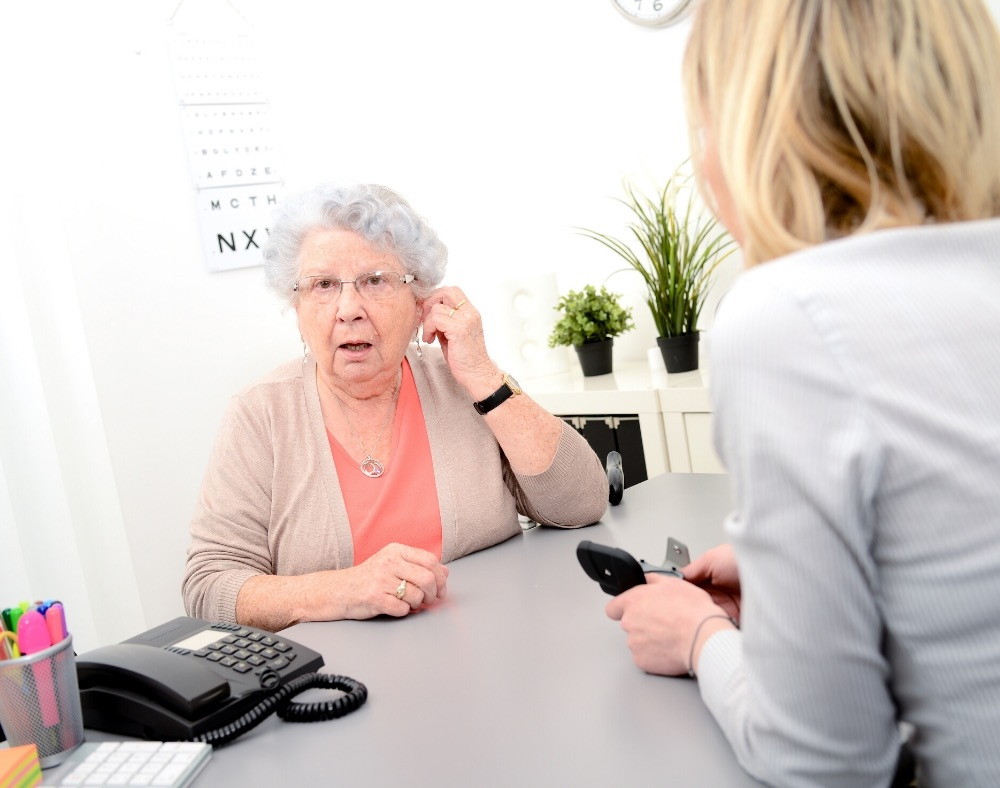 theories on how hearing loss can lead to increased risk of dementia