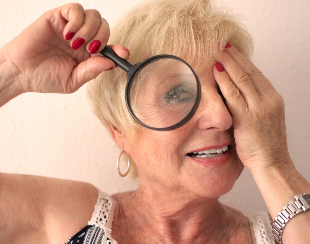 causes of vision problems in people with dementia