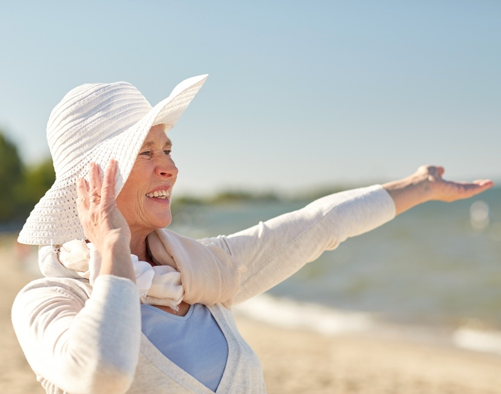 does vitamin D deficiency enhance aging proces