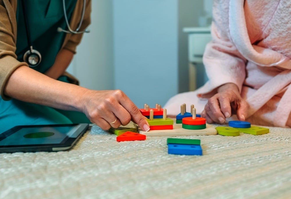 what does a neurologist examine for a dementia patient