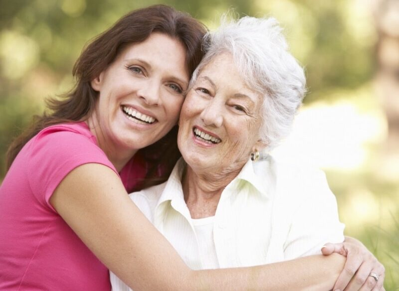 alzheimer's disease facts- women are more likely to get Alzheimers Disease than men