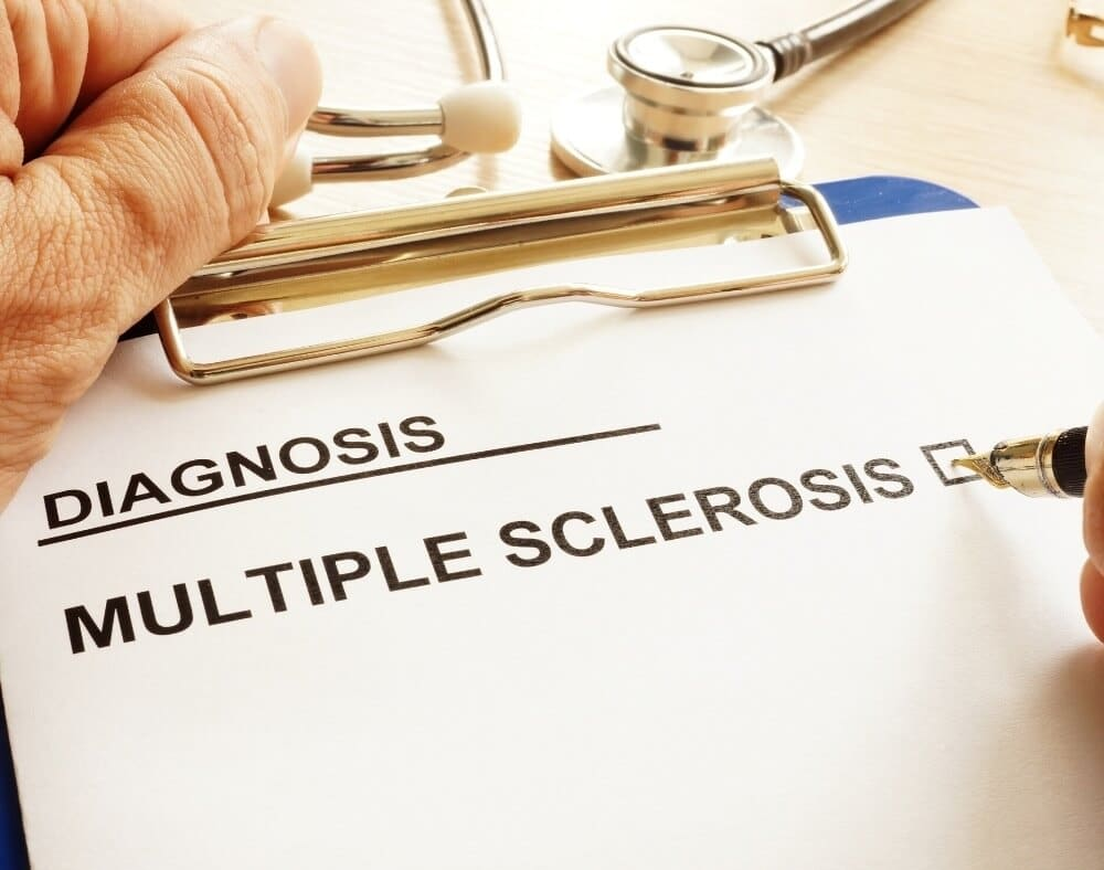 differences between dementia and multiple sclerosis